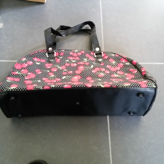 Handbag : BIG  Bowling Bag Black with Cherries