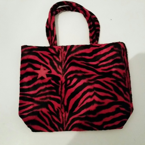 Handbag: Fur Zebra Red/Black